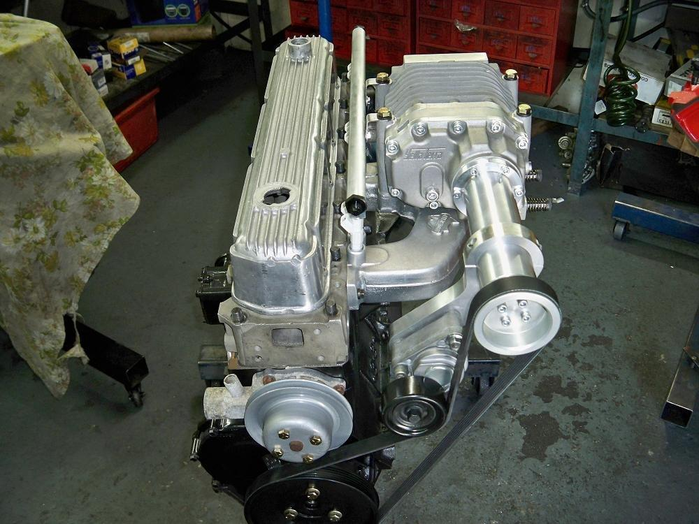 Inline 6 Kit : As holden supercharger manifold port head